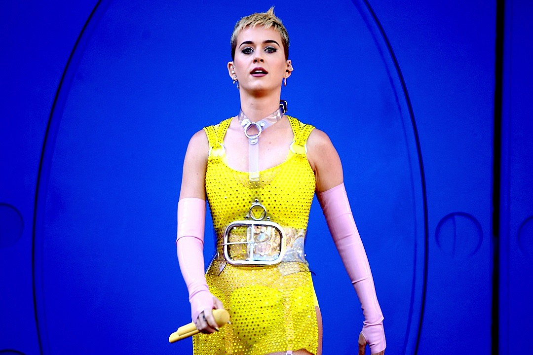 Singer Katy Perry coming to Indy in December for tour