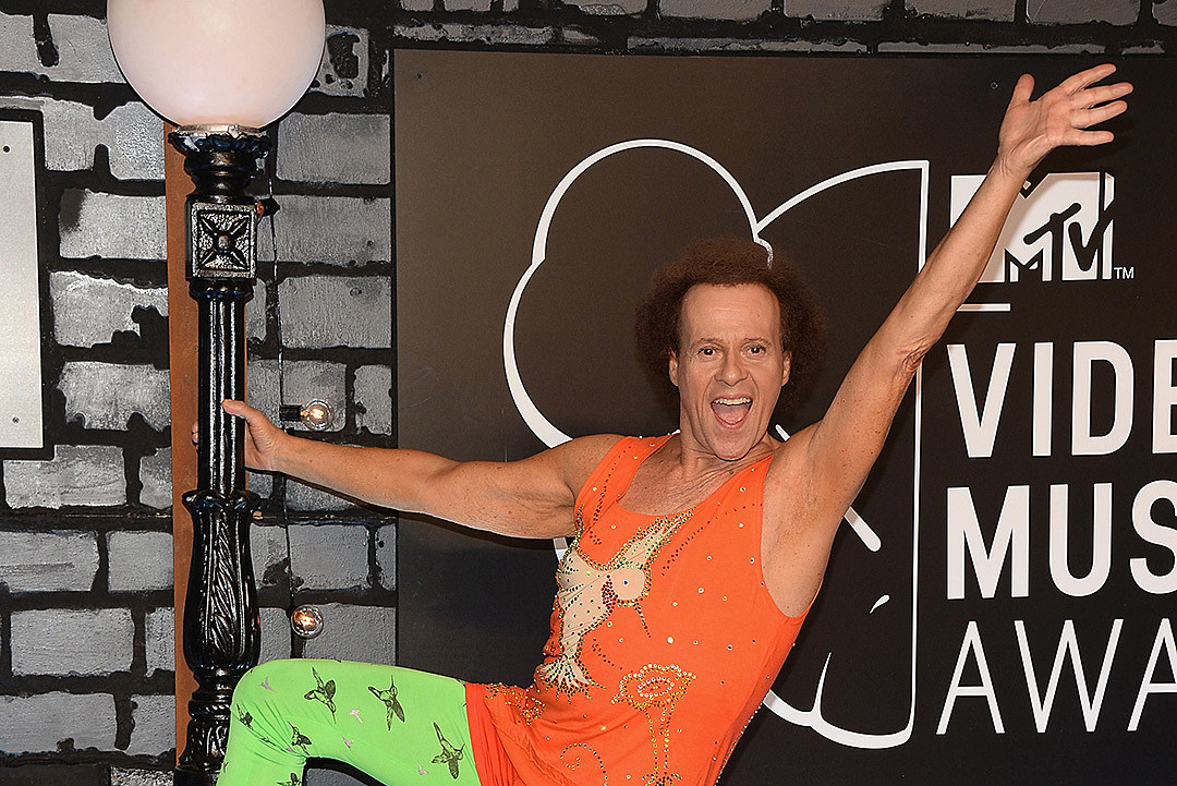 Richard Simmons sues National Enquirer for claiming he's having a sex change