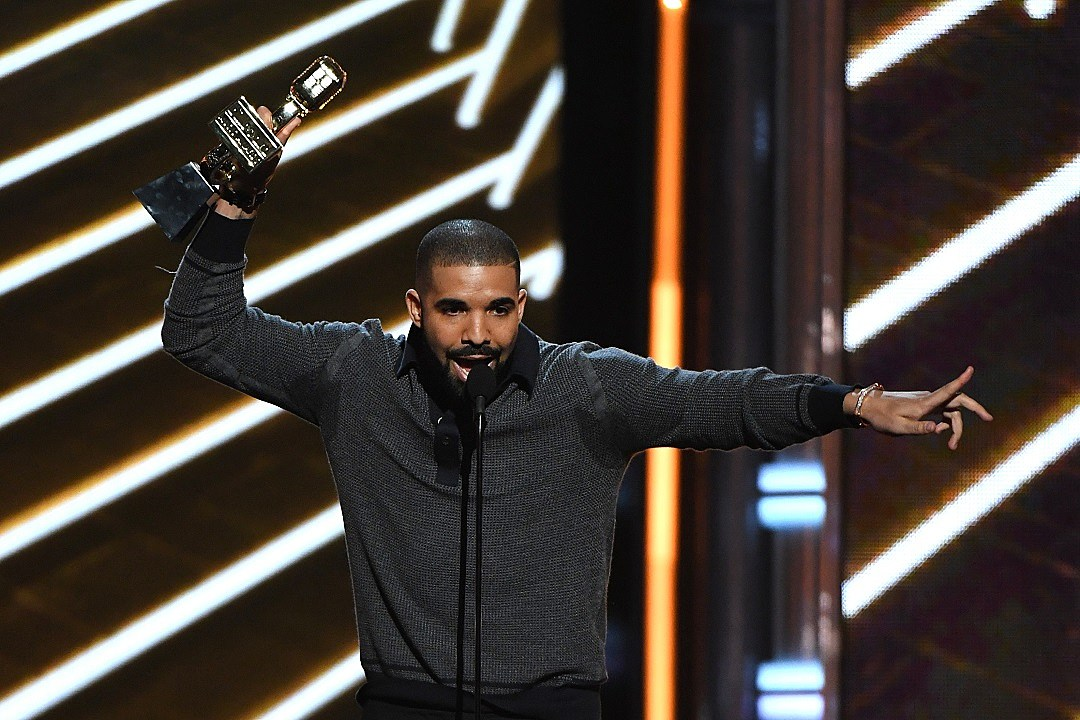 Drake Releases New Single: Listen to 'Signs'