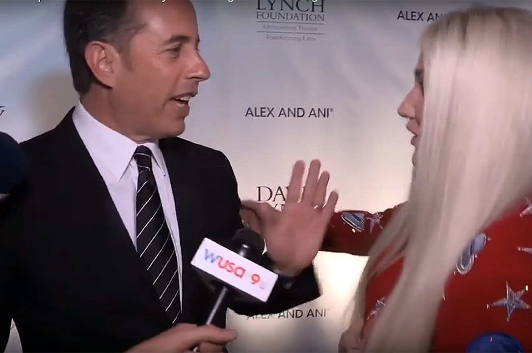 Jerry Seinfeld says 'no thanks' to hug from Kesha