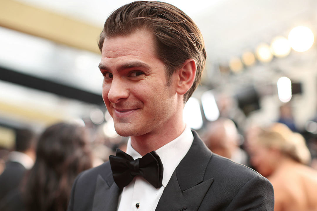 Andrew Garfield Gay Remarks Twitter
