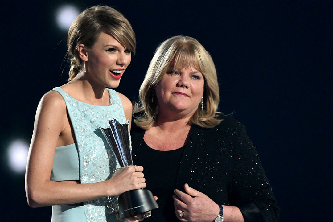 Taylor Swift Mom Groping Response