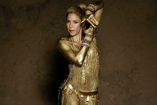 Shakira Perro Fiel video gold body paint