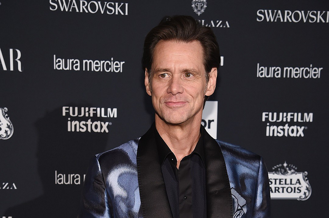 Jim Carrey Denies His Own Existence in Nuts Fashion Week Interview