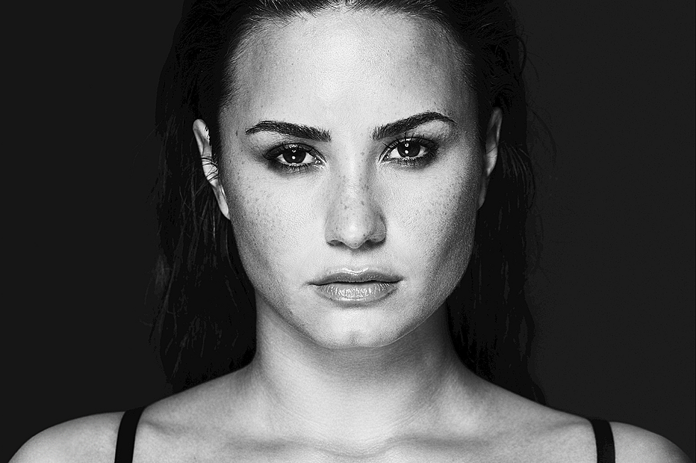 Demi Lovato Is Single and Soulful on 'Tell Me You Love Me': Review