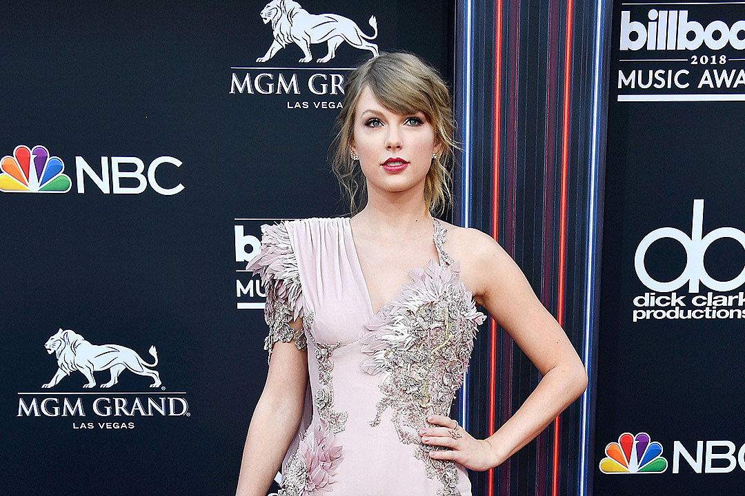 Taylor Swift Is the 'Third Wheel' in Fan's Meet-and-Greet Marriage Proposal