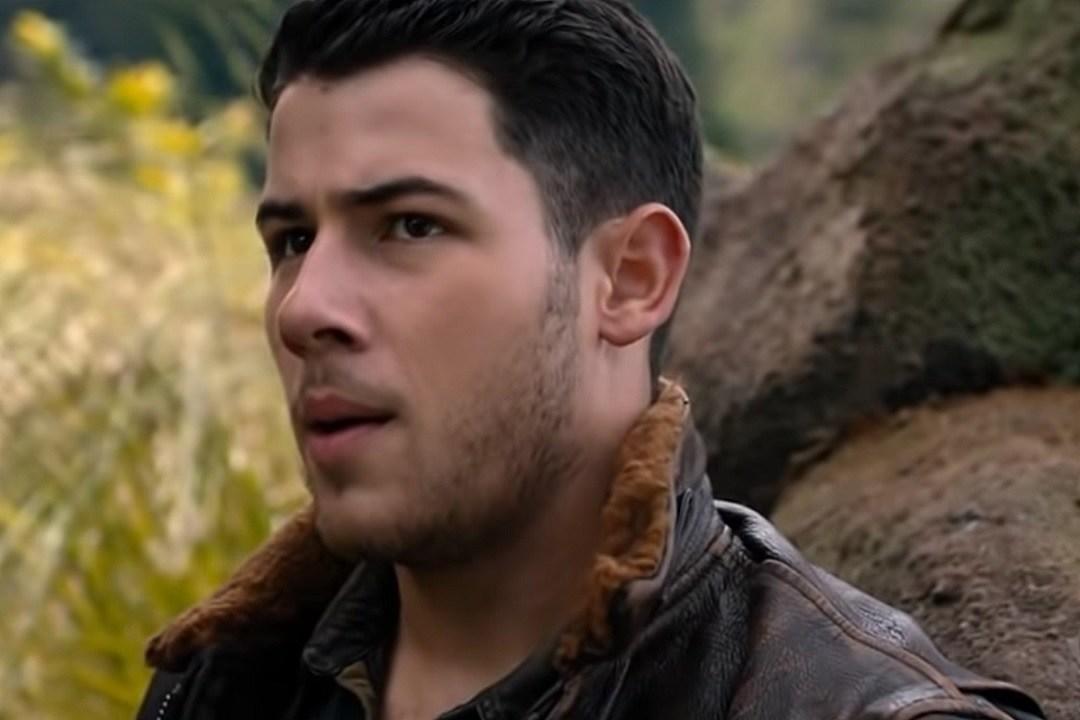 Nick Jonas' Sexy 'Seaplane' Is Back for 'Jumanji: Welcome to the Jungle' Sequel