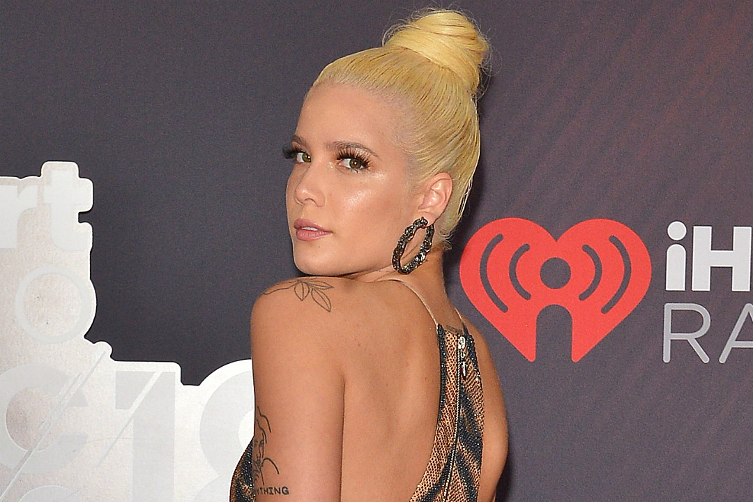 2019 iHeartRadio Music Awards Red Carpet Gallery (PHOTOS)