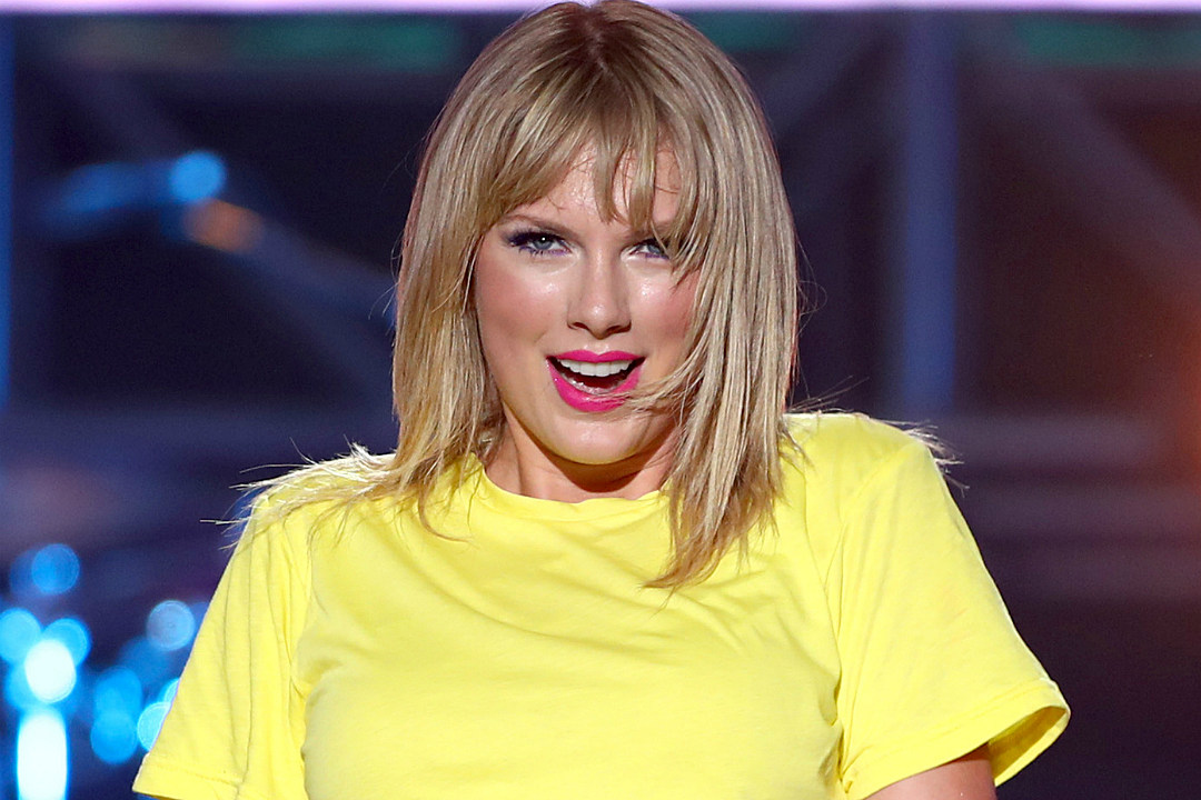 Taylor Swift Announces Album Name, Release Date and New Single on Instagram Live