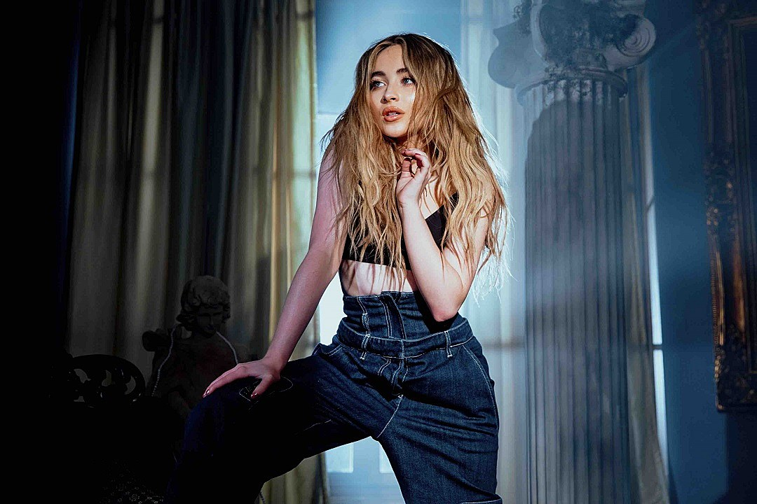 Sabrina Carpenter on Fan Theories, ASMR and the 'Vulnerable' Confidence of 'Singular Act II'