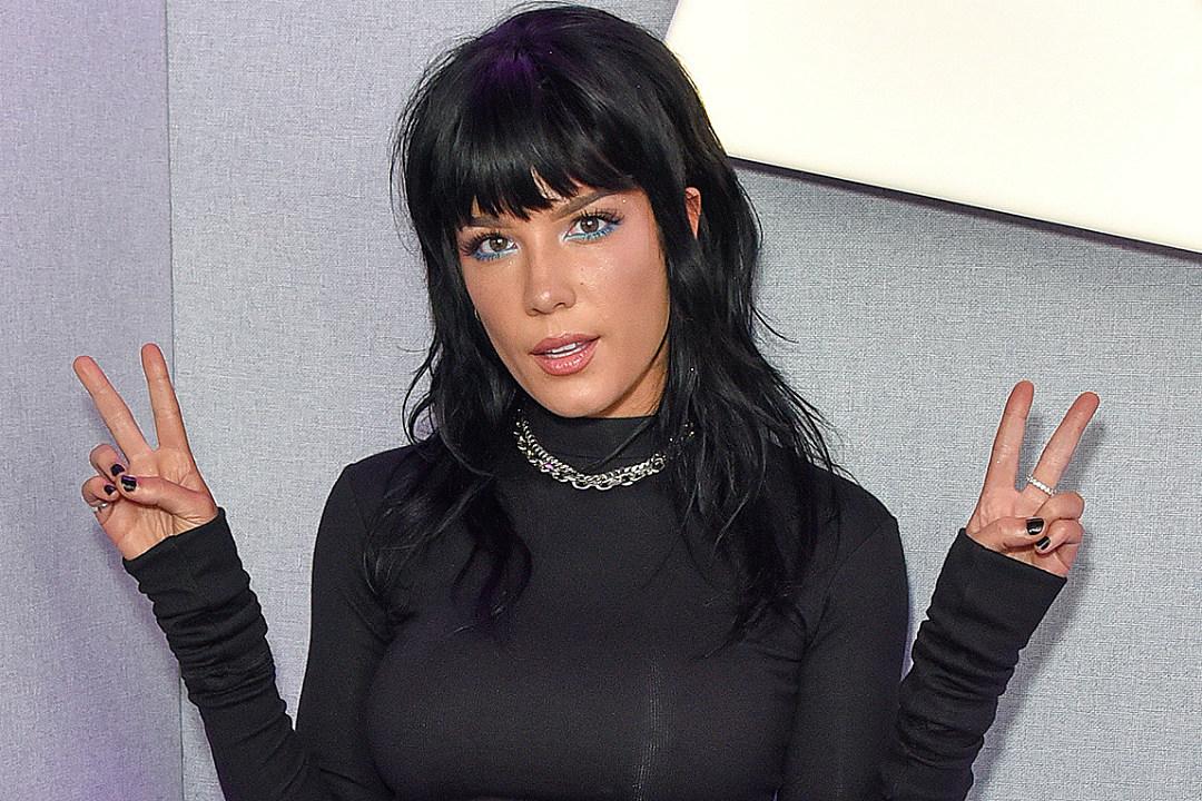 Halsey Shows Off New Rainbow Hair: See Photos