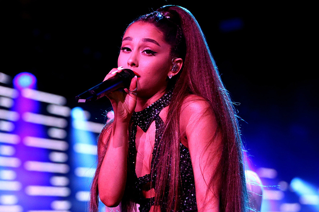 Ariana Grande Throws a 'Victorious' Reunion During Her Atlanta Concert: Watch