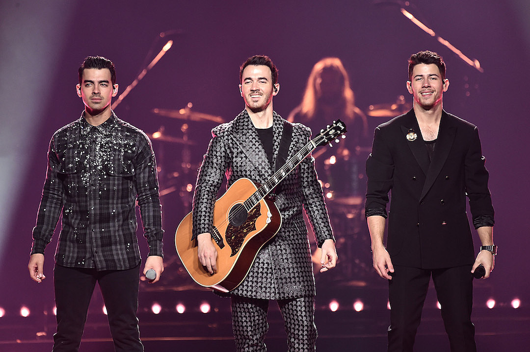 Jonas Brothers Hilariously Recreate Iconic 'Keeping up With the Kardashians' Scene: Watch