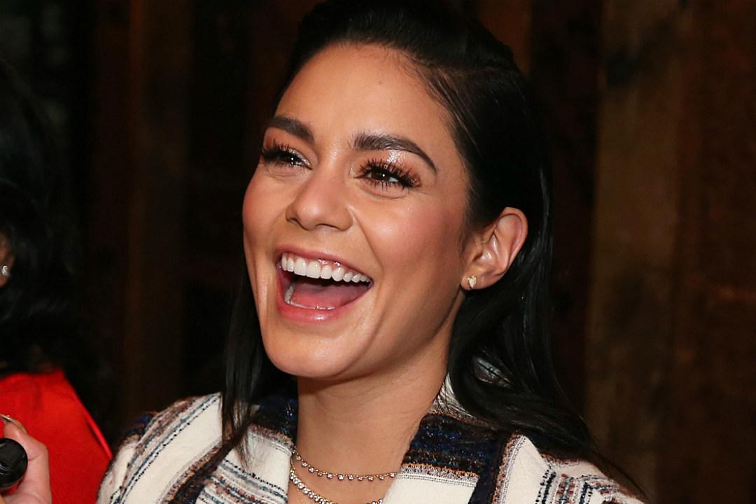 Vanessa Hudgens Drunkenly Sings 'High School Musical' Song During Karaoke